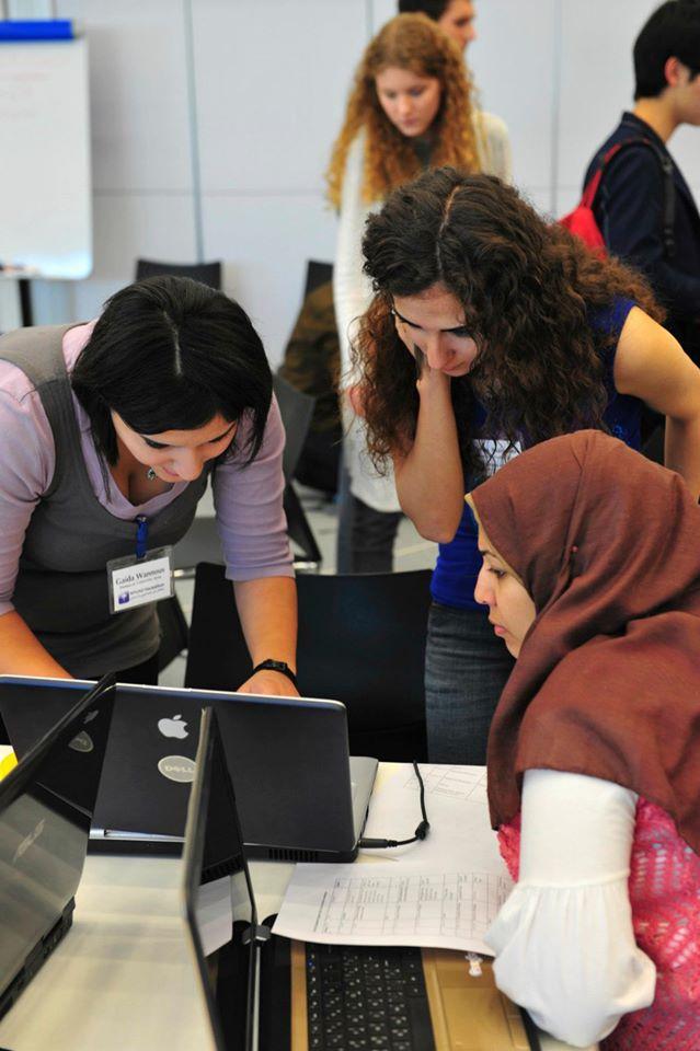 2011-hackathon-02